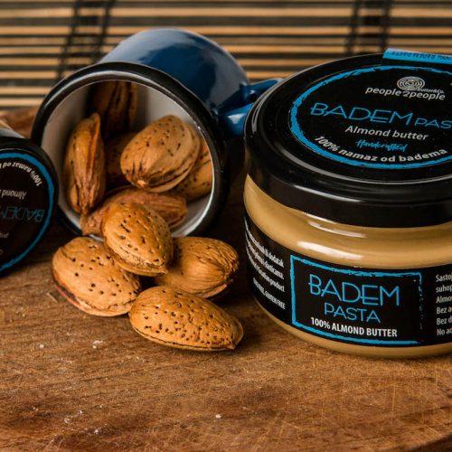 badem_pasta